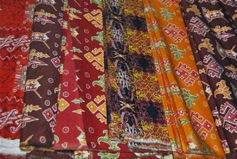 Benang D 27 Np B benang bintik lukisan kehidupan suku dayak ngaju kalimantan tengah news from indonesia