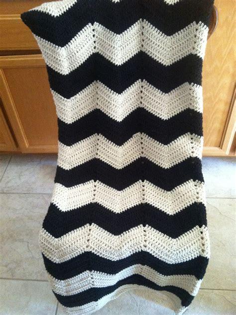 white pattern blanket adult size chevron black and white crochet modern
