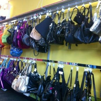 Platos Closet New Jersey by Plato S Closet 17 Photos 38 Reviews Accessories