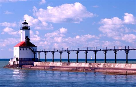 michigan city lighthouse indiana east pierhead
