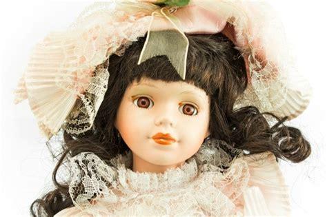 porcelain doll hair curling a doll s hair thriftyfun