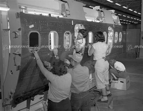 section 707 b boeing images 707 body section in jig