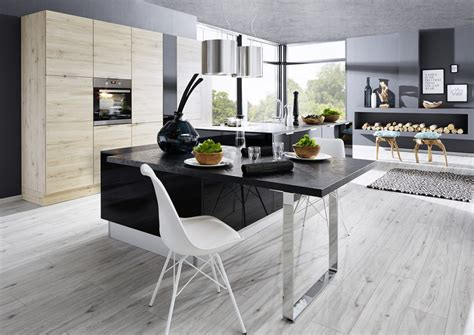 küche mit dunklen holzfußböden hochbett modern