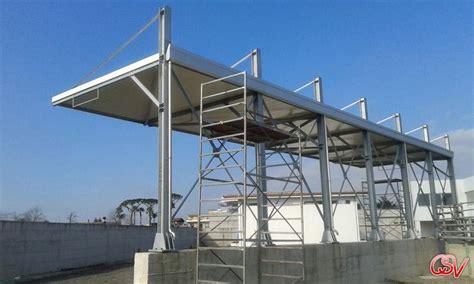 tettoia in ferro finest lavori di costruzione di tettoia in ferro with