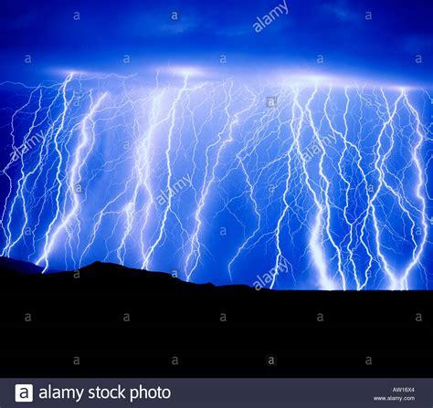Showering During Lightning by Shower During Lightning Best Inspiration From Kennebecjetboat