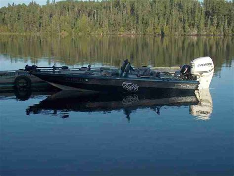 muskie boats muskiefirst whats the best boat for musky fishing