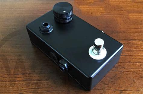 Power Lifier Kick Whisper Guitar Pedal Headphone Lifier Hits Kickstarter Geeky Gadgets