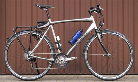 Comfort Bike Vs Mountain Bike by Hybrid Bike Reviews The Best Hybrid Bicycles