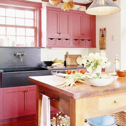 country kitchen cabinet colors 53 best red country kitchen images on pinterest kitchen