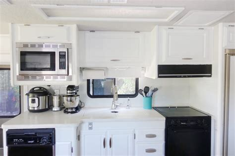 Rv Kitchen Cabinets by Painting Rv Kitchen Cabinets Fanti