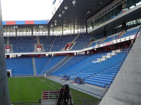 ingresso c1 juventus stadium file st jakob park 2004 01 09 jpg