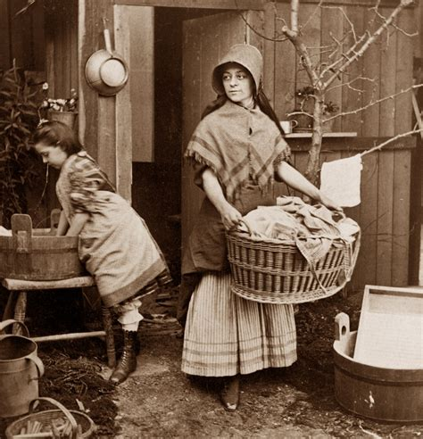 a day in the life with tj victorian spring wreath wash day mother and daughter america 1870 how we used