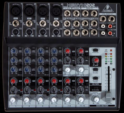 Mixer Audio Behringer 1202 external power supply for noise free audio and superior transient response
