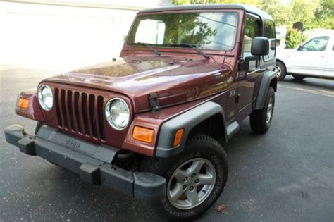 Used Jeeps Indianapolis Buy Used 2003 Jeep Wrangler X 6cyl 2 Pc Hardtop In