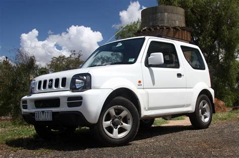 jeep suzuki jimny suzuki jimny sierra review road test caradvice