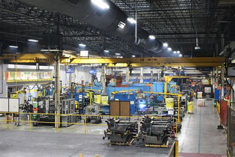 iluminacion industrial iluminaci 243 n industrial hyster yale manejo de materiales