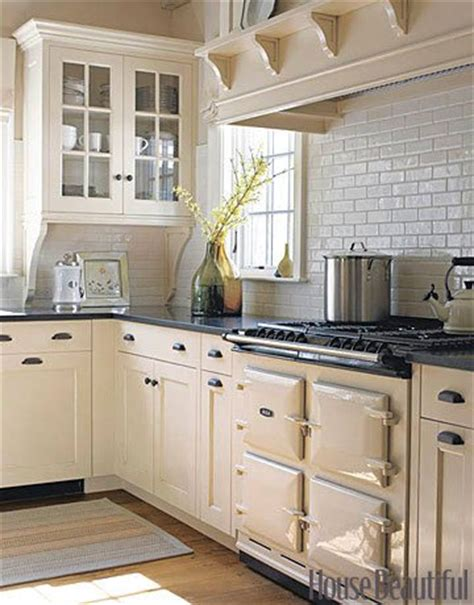 cream kitchen cabinets what colour walls why white kitchen cabinets are the right choice the