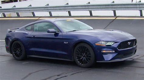 what makes a mustang a gt best 10 2018 mustang gt ideas on ford mustang