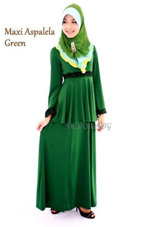 Tema Baju Raya Warna Hijau si nawal latisya tema baju raya 2013