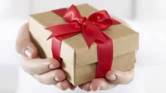7 gift ideas for international students roomdock