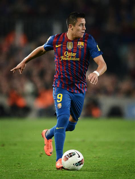 alexis sanchez on barcelona alexis sanchez in fc barcelona v athletic club liga bbva