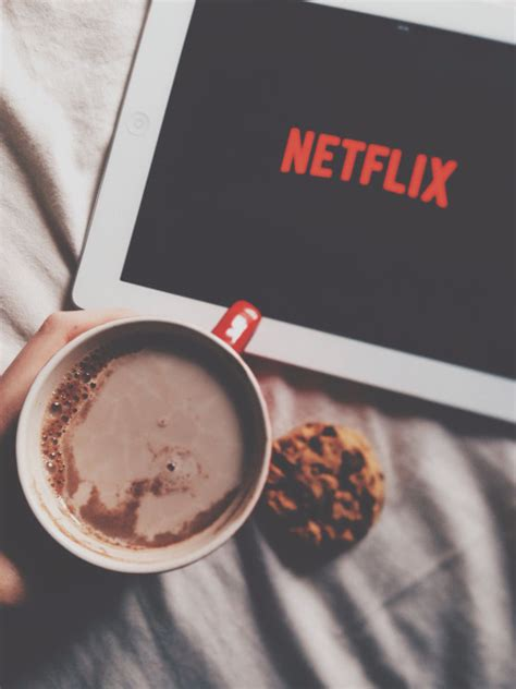 Relaxing Bedroom Ideas netflix and cuddling tumblr
