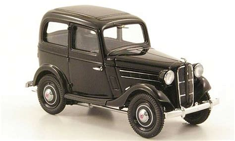 miniature datsun datsun 17 miniature sedan 1938 ebbro 1 43 voiture