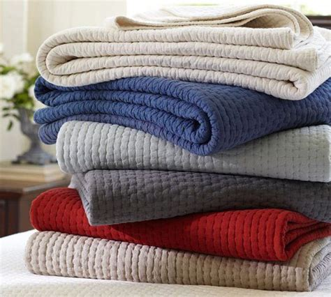solid color quilts and coverlets simple stylish 10 solid color quilts coverlets