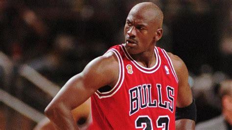 imagenes de jordan bulls michael jordan s career high points in a single game is