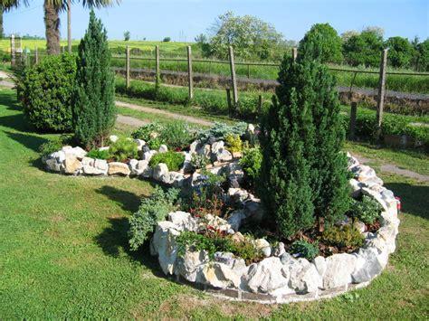 giardino sassi bianchi sassi bianchi per aiuole prezzi