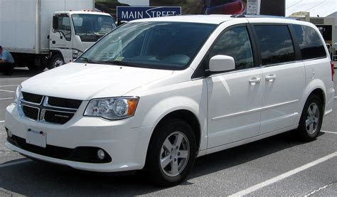 dodge grand caravan size file 2011 dodge grand caravan 06 24 2011 jpg