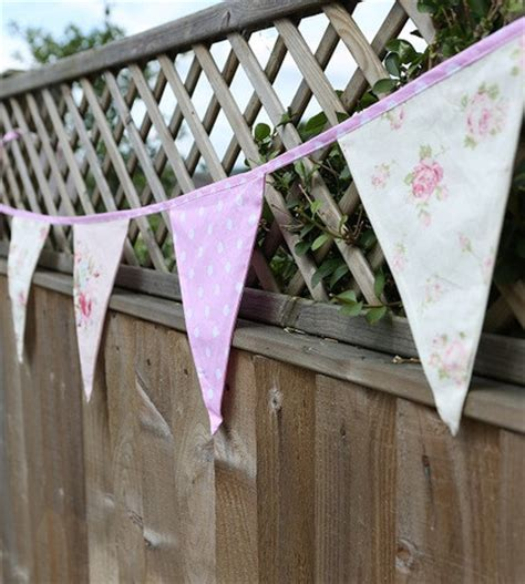 decorating a shabby chic wedding on a budget