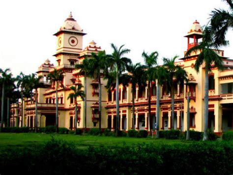 Mba In Financial Management From Bhu by Bhu Invites Applications For Its Uet 2014 Courses