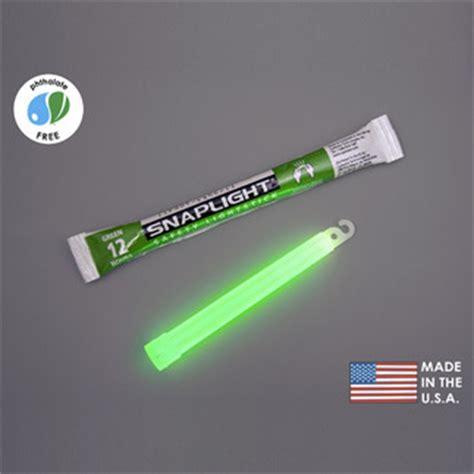snaplight safety light stick 10 pack cyalume 9 08001 6 in snaplight light sticks
