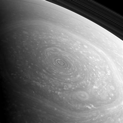 hexagon shape on saturn a new look at saturn s northern hexagon universe today