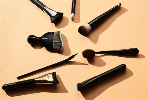 9 curved makeup brushes to add to your kit