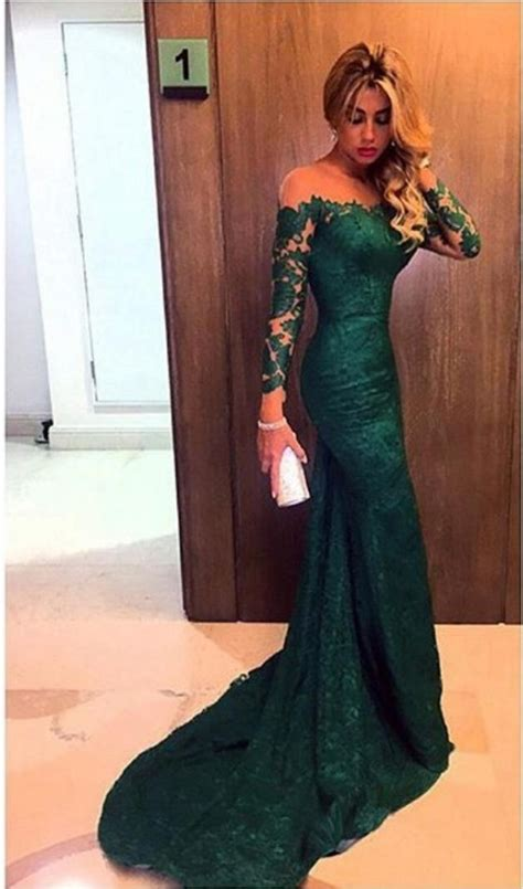 2018 Dark Green Prom Dresses Long Sleeve Lace Sheath