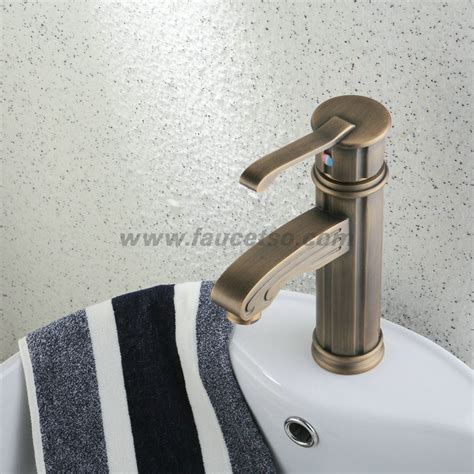 Antique Brass Faucets For Bathroom by Single Handle Centerset Antique Brass Finish Wood Like