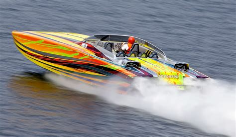 three big go fast boat events for 2016 boats - Fast Lake Boats