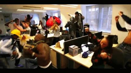 what does it when your shakes do your harlem shake gif find on giphy