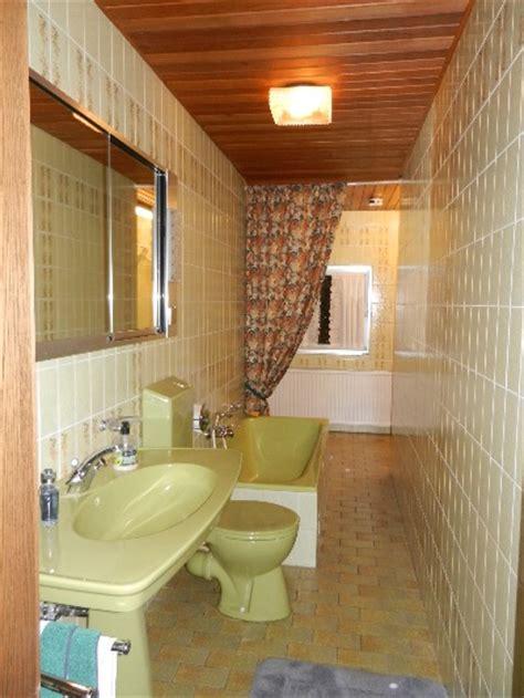 badezimmer fliesen 70er jahre meisterbetrieb bad heizung