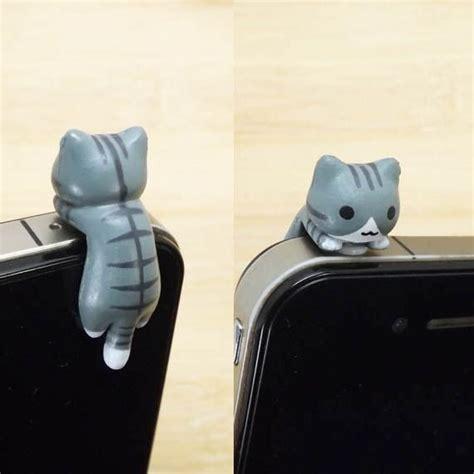 Dust Cat 40 black stripe grey hanging cat kitten dust 3 5mm cell phone iphone 4 4s 5 5s