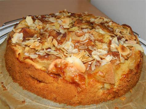 kuchen mit knusperboden apfel amaretti kuchen mit knusperboden rezepte suchen