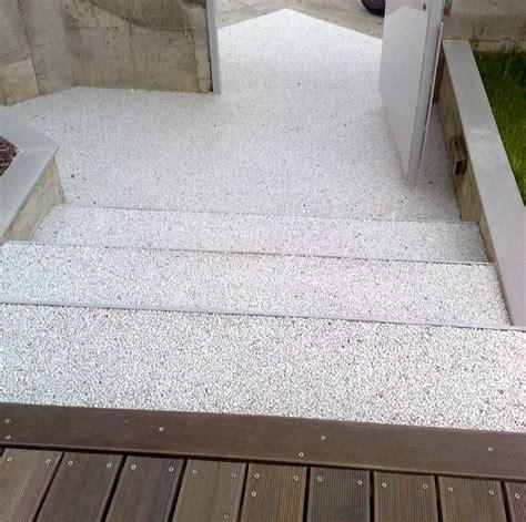 pavimentazioni terrazzi esterni pavimenti in resina per esterni