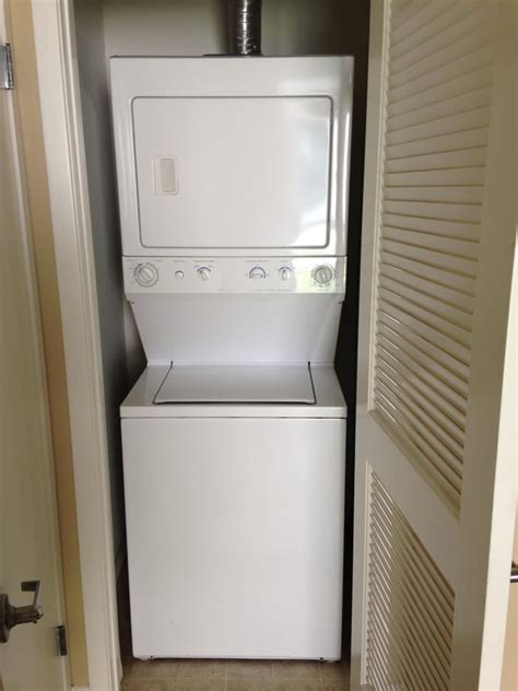 Stackable Washer Dryer For Apartment Apartment Size Stackable Washer And Dryer Home Design Ideas