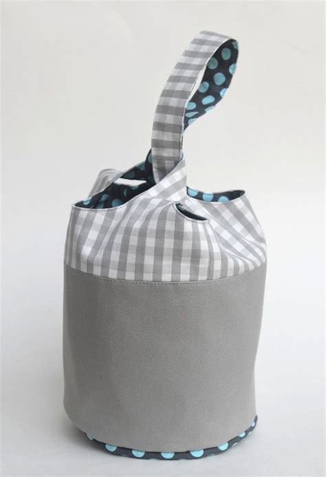 bucket tote bag pattern 17 best images about sewing bucket bags on pinterest