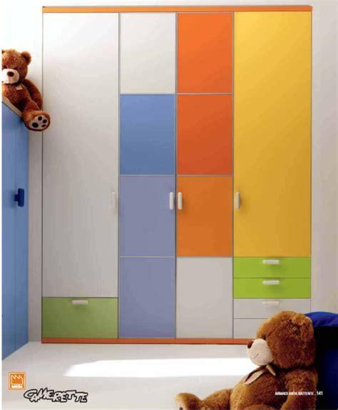 armadio per cameretta cameretta per bambini tana lupo