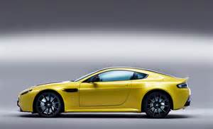 2014 Aston Martin V12 Vantage Car And Driver