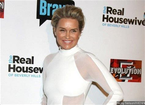 real housewives yolanda foster reveals that she dated julio iglesias yolanda hadid admits to feeling blindsided by david