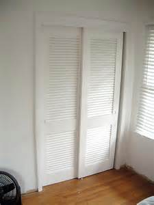 closet sliding doors lowes lowes closet doors sliding